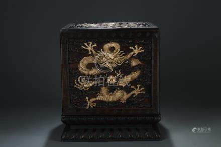 A sandalwood carved seal box/dragon pot