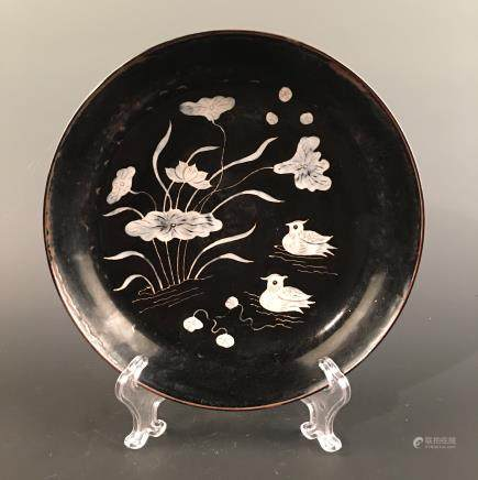 Chinese Ding Ware Engraved Design 'Duck & Lotus Leaf' Plate