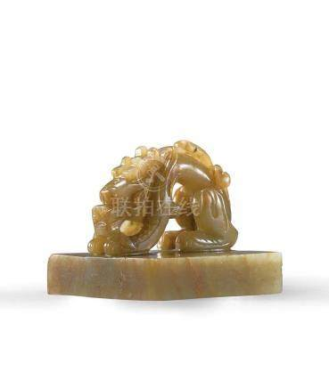 A Finely Carved Pale Celadon Jade 'Dragon' Seal / Yuan Dynas