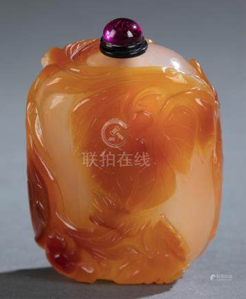 Carnelian snuff bottle.