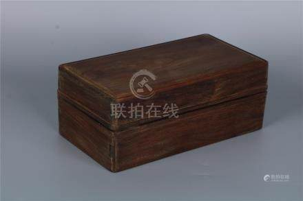 A FINE YELLOW ROSEWOOD RECTANGLE CASKET, MING DYNASTY