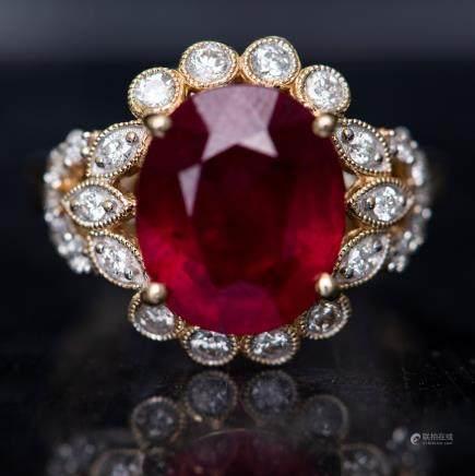 A RUBY & DIAMOND RING