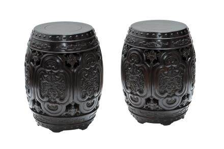 ROSEWOOD BARREN-FORM STOOLS PAIR, POSSIBLY ZITAN (Y)