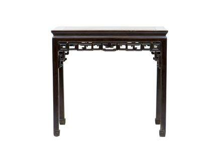 A CHINESE HONGMU SIDE TABLE, QING DYNASTY (Y)