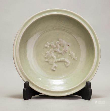 A MOULDED DRAGON LONGQUAN CELADON CHARGER