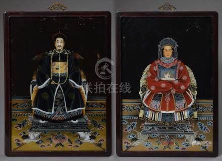 """Paar chinesische Hinterglas Portraits """"Kaiser und Kaiserin"""", 20 Jh., 65x45cm (m.R. 69x48,5cm),"""