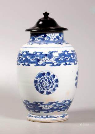 Chinese Kangxi ca 1700 Blue & White Porcelain Jar