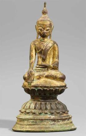 Buddha Shakyamuni. Bronze, teilweise vergoldet. Birma, Shan-Staaten. 18./19. Jh.Im Meditationssitz