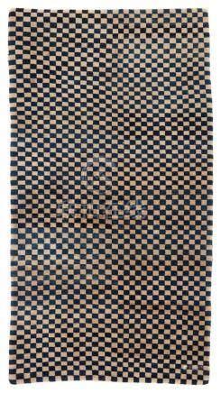 Teppich (khaden). Wolle, geknüpft. Tibet. Um 1900Der Meditationsteppich ist überzogen von