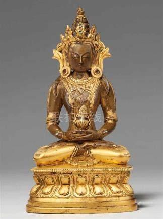 Buddha Amitayus. Feuervergoldete Bronze. Sinotibetisch. 18./19. Jh.Der Herr des ewigen Lebens