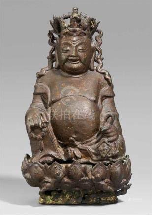 Milefo, auch Budai. Bronze mit Lackfassung. Ming-ZeitIn entspannter Haltung, die rechte Hand hält