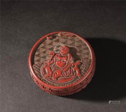 清代(1644-1911) 剔红人物香盒