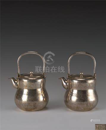 纯银葫芦形提梁壶 (一对)