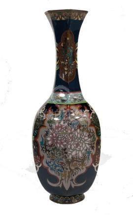 A Japanese cloisonne vase, Meiji period