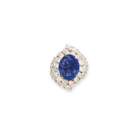藍寶石及鑽石戒指