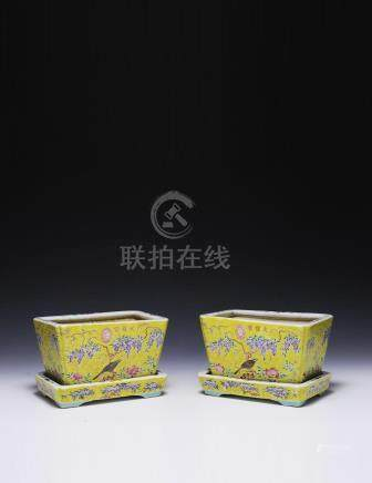 PAIR OF YELLOW GROUND PLANTERS, GUANGXU