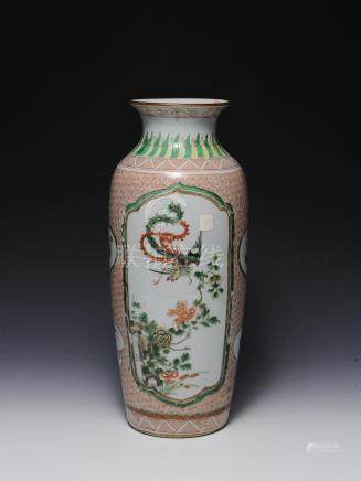 CHINESE WUCAI VASE, 19TH CENTURY