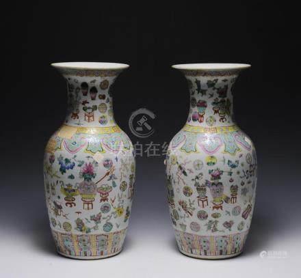 PAIR OF FAMILLE ROSE VASES, 19TH CENTURY