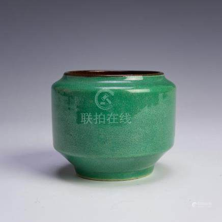 CHINESE GREEN GE GLAZED BOWL, 19TH CENTURY