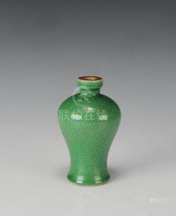 SMALL CHINESE GREEN GE GLAZED MEIPING, 19TH CENTURY
