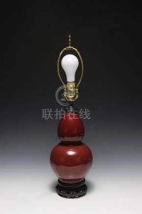RED GLAZED PORCELAIN HULU LAMP