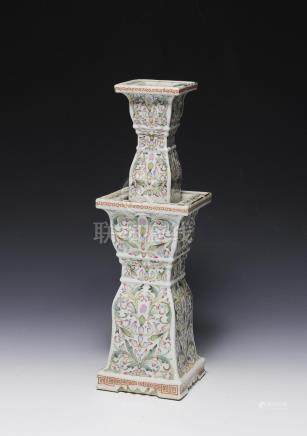 CHINESE PORCELAIN CANDLE STAND, 19TH CENTURY