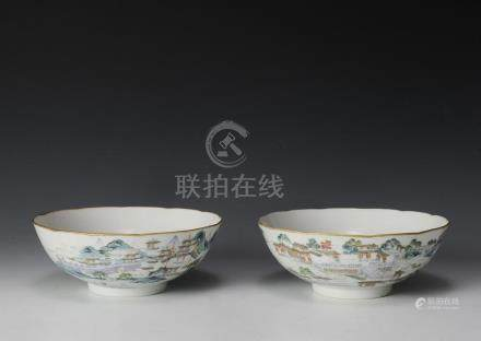 PAIR OF CHINESE FAMILLE ROSE BOWLS, EARLY 19TH CENTURY