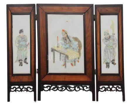 CHINESE PORCELAIN PLAQUES, ROMANCE OF 3 KINGDOMS