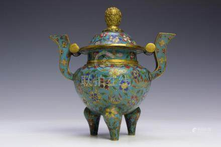 CHINESE LIDDED CLOISONNE CENSER, 19TH CENTURY