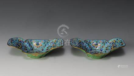 PAIR OF CHINESE QUATREFOIL CLOISONNE BOWLS,18TH. C