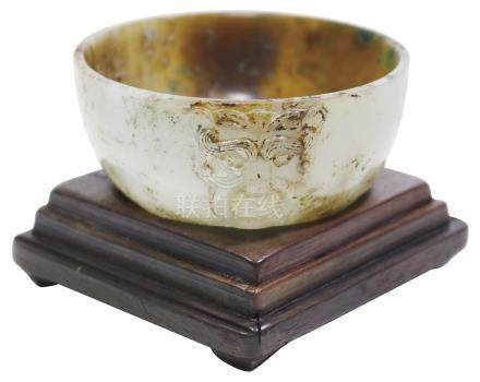 漢 Han Dynasty (206BC–220AD)  漢虎面含環杯連舊木座