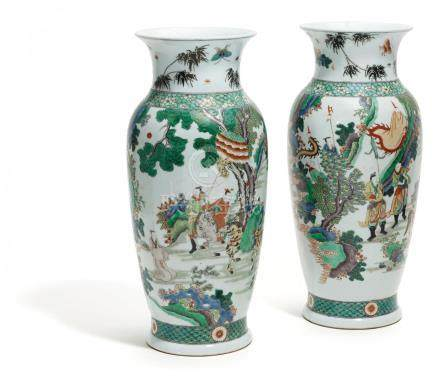 PAIR OF LARGE VASES WITH FIGURAL DECORATION.