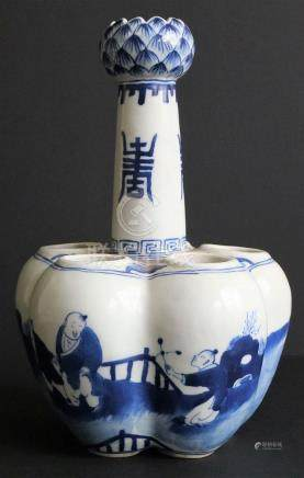 Chinese tulip vase