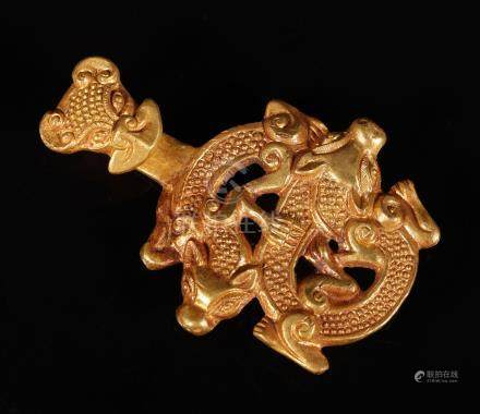 Gold Chi Dragon with a hook from Zhan Dynasty