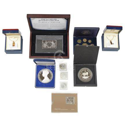 A mixed group of proof and other coins to include; proposed Scottish 2014 coin set; silver £1