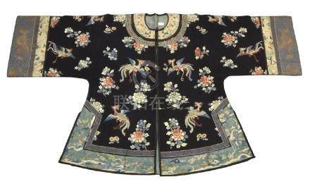 BLACK-GROUND SILK EMBROIDERED PHOENIX ROBE