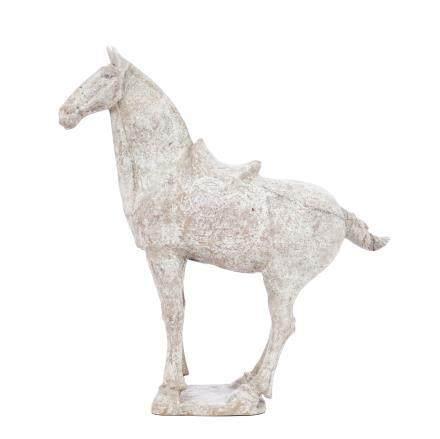 CHINE, Epoque Tang. Sujet en terre cuit représentant un cheval, restes de polyc