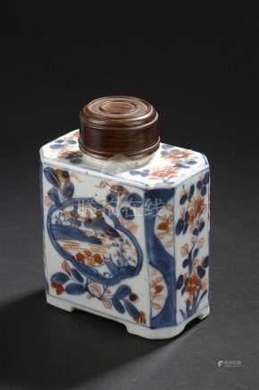 Boîte à thé en porcelaine Imari chinoisChine, XVIIIe siècleDe section rectangul