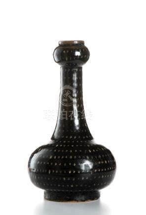 Chinese Chi-Chou 'Stars' DecoratedGarlic-Mouth Vase