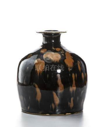 Chinese Cizhou Black Glazed Russet SplashedVase