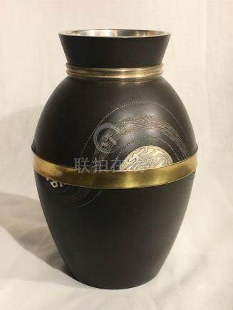 Japanese Vase with Silver Inlay - Modern Design