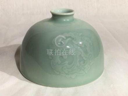 Chinese Celadon Porcelain Beehive Pot