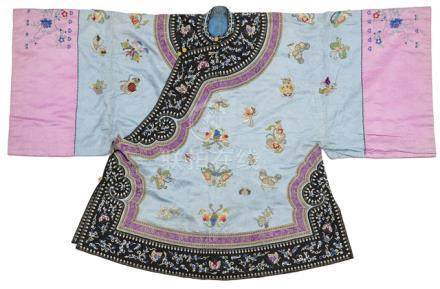 A WOMAN'S DOMESTIC SEMI-FORMAL COAT, AO, China, Guangxu period, of satin embroidered with silk and f