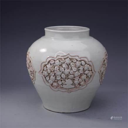 CHINESE PORCELAIN WHITE GLAZE ENGRAVED FLOWER JAR