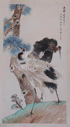 CHINESE SCROLL PAINTING OF CRANE UNDER PINE