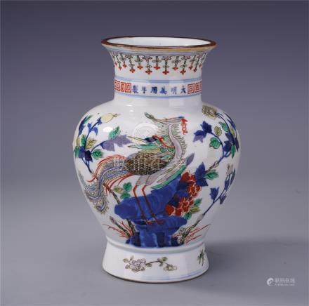 CHINESE PORCELAIN BLUE AND WHITE WUCAI PHOENIX VASE