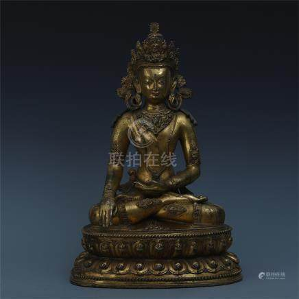 LARGE TIBETAN GILT BRONZE SEATED BUDDHA QING DYNASTY
