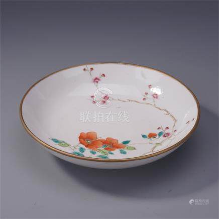 CHINESE PORCELAIN FAMILLE ROSE FLOWER PLATE