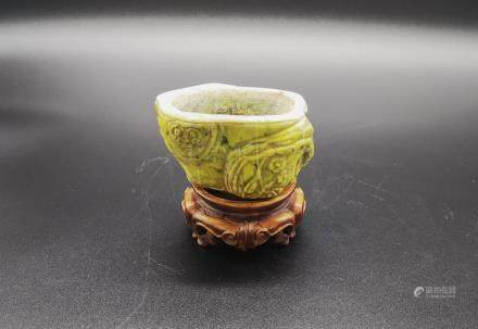 QING JADE CARVING SCHOLAR OBJECT WATER VESSEL