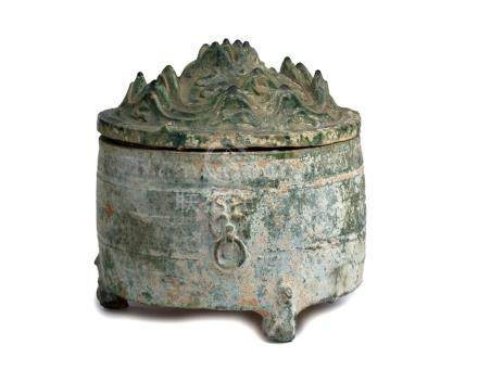 A GREEN-GLAZED EARTHENWARE 'IMMORTAL ISLAND' JAR AND COVER,